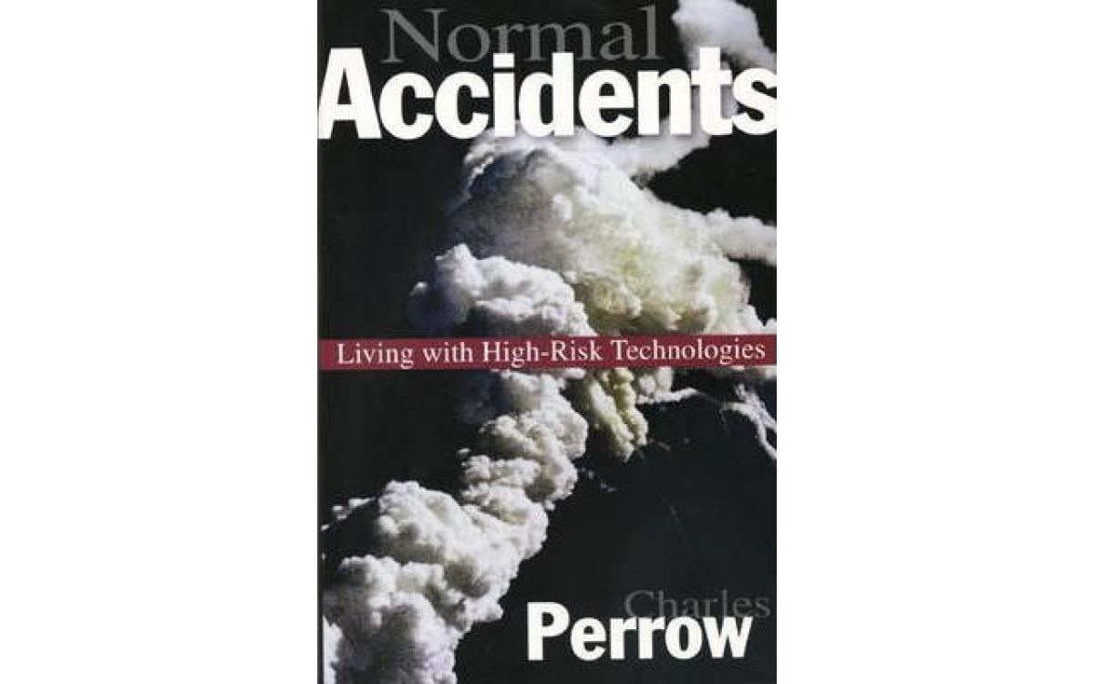 Normal Accidents - Charles Perrow [Tóm tắt]