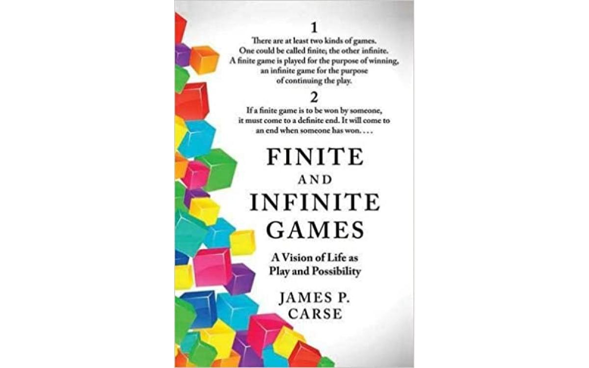 Finite and Infinite Games - James P. Carse [Tóm tắt]